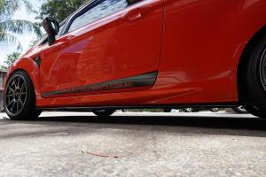 Auto-Elements-Ford-Fiesta-ST-Services-Side-Skirt-Installation