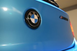 Auto Elements Services Vinyl Wrap Avery Dennison Bahama Blue BMW 135iM Mperformance Colour Coding Badges