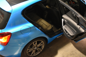 Auto Elements Services Vinyl Wrap Avery Dennison Bahama Blue BMW 135iM Mperformance Contrast Inside Out